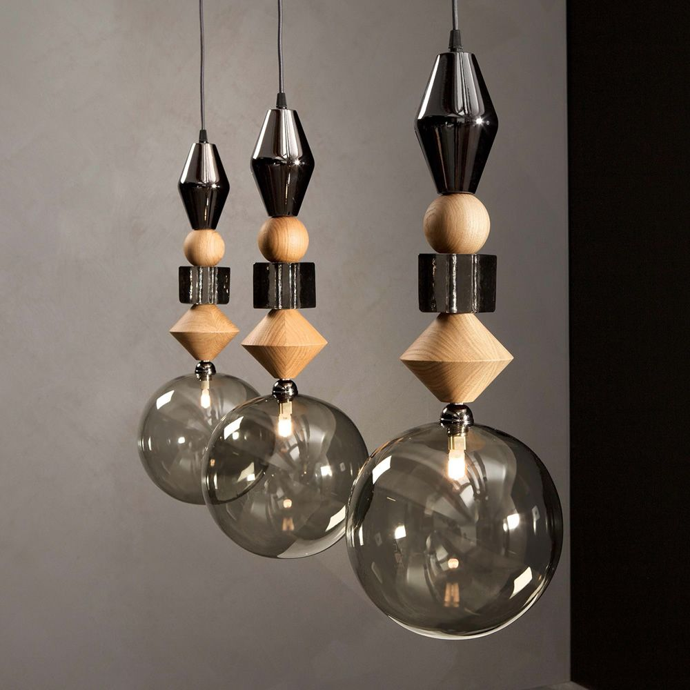 Suspension lamp in glass and wood