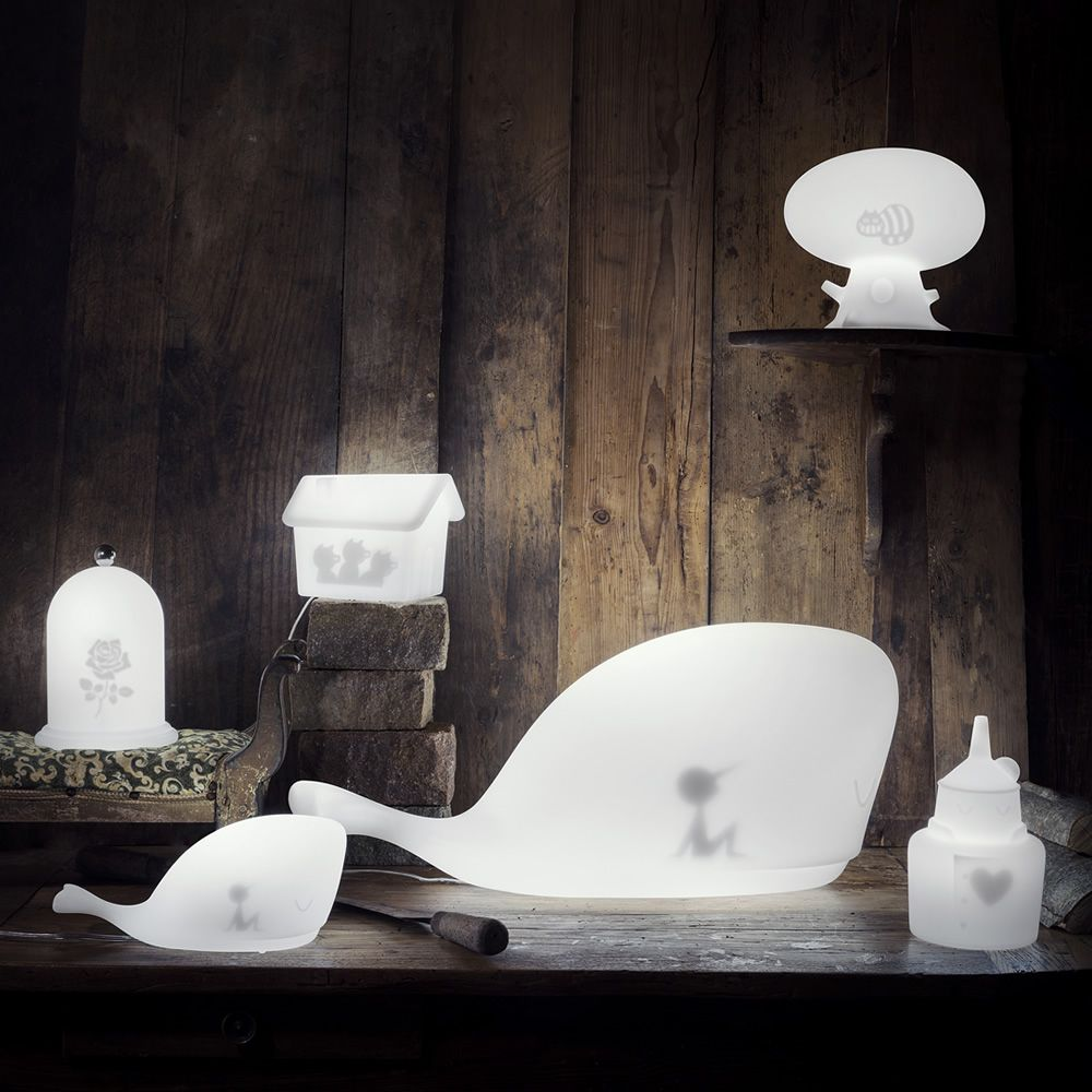 Design table lamp made of Poleasy® (switched on), matched with lamps Moby, Tri, Cat and Rose