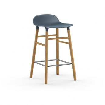 Form-SGW - Oak stool with blue polypropylene seat, two different heights available