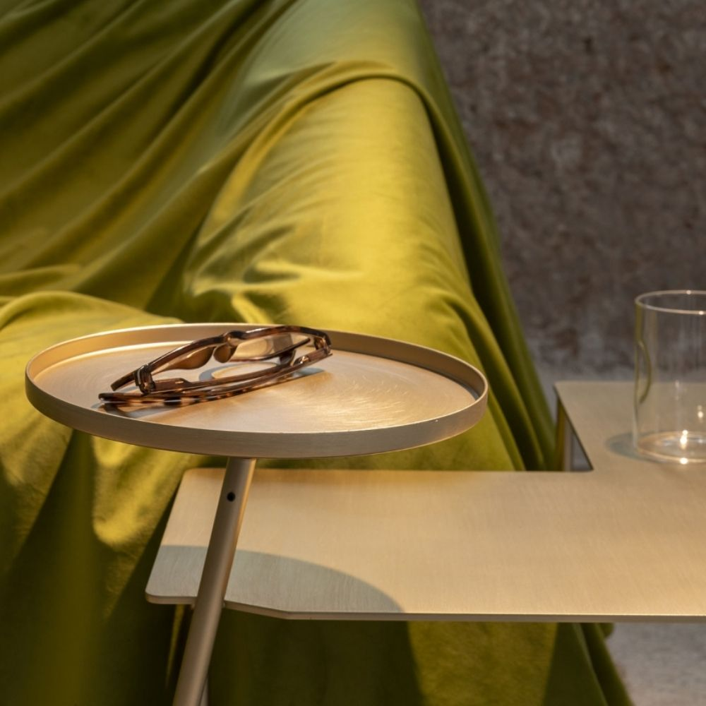 Metal side-table by Mogg, with lamp and tray, satin gold colour (detail)