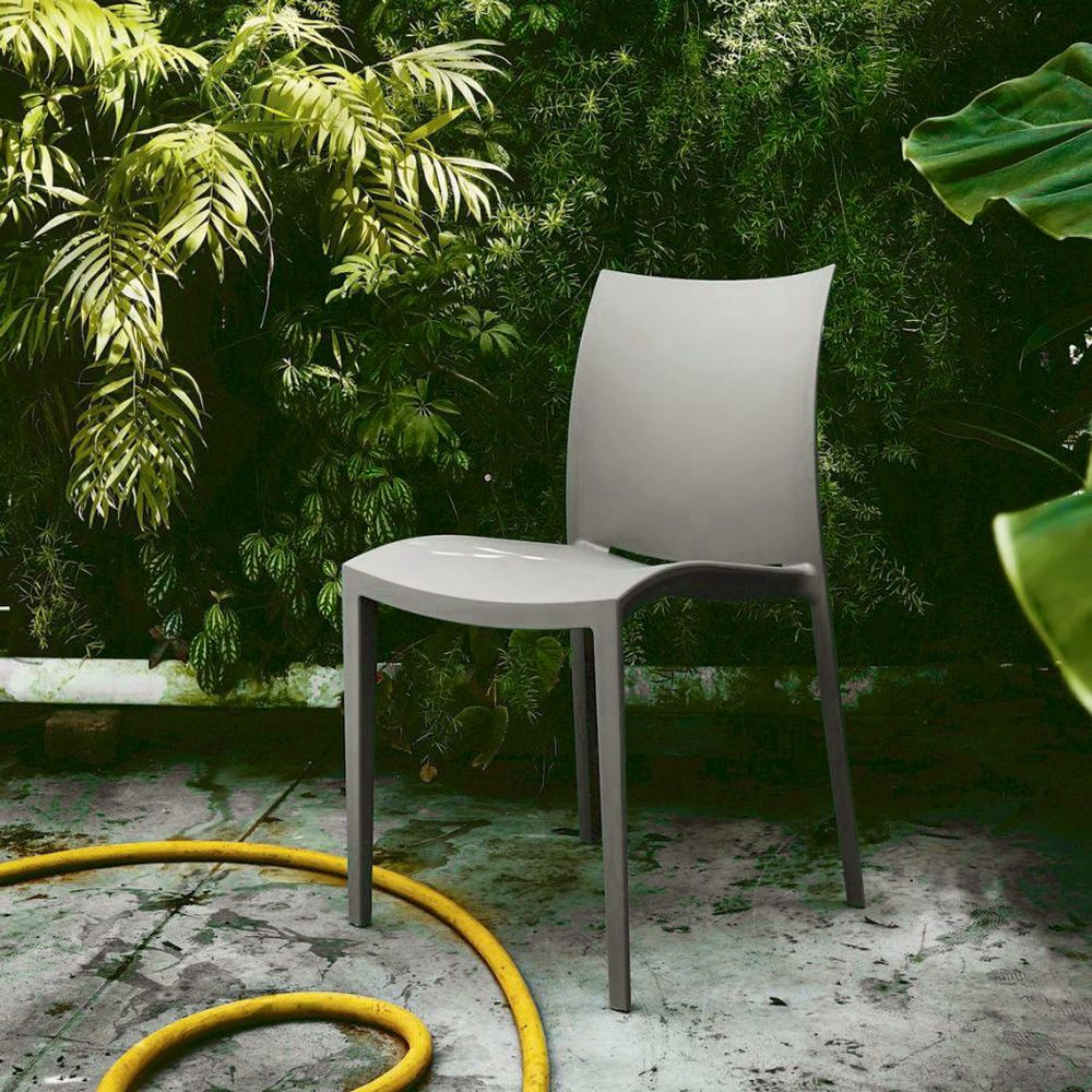 Modern chair in mud grey polypropylene