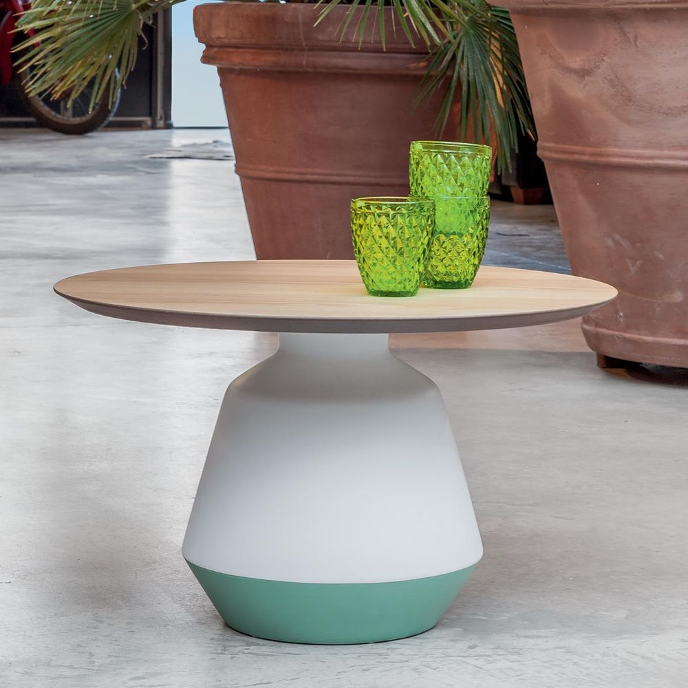 Low coffee table made of ceramic, white/matt sage green colour, with MDF top, natural oak finish