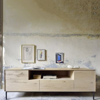 Blackbird&Whitebird-TV - TV stand made of natural oak, with doors and drawers