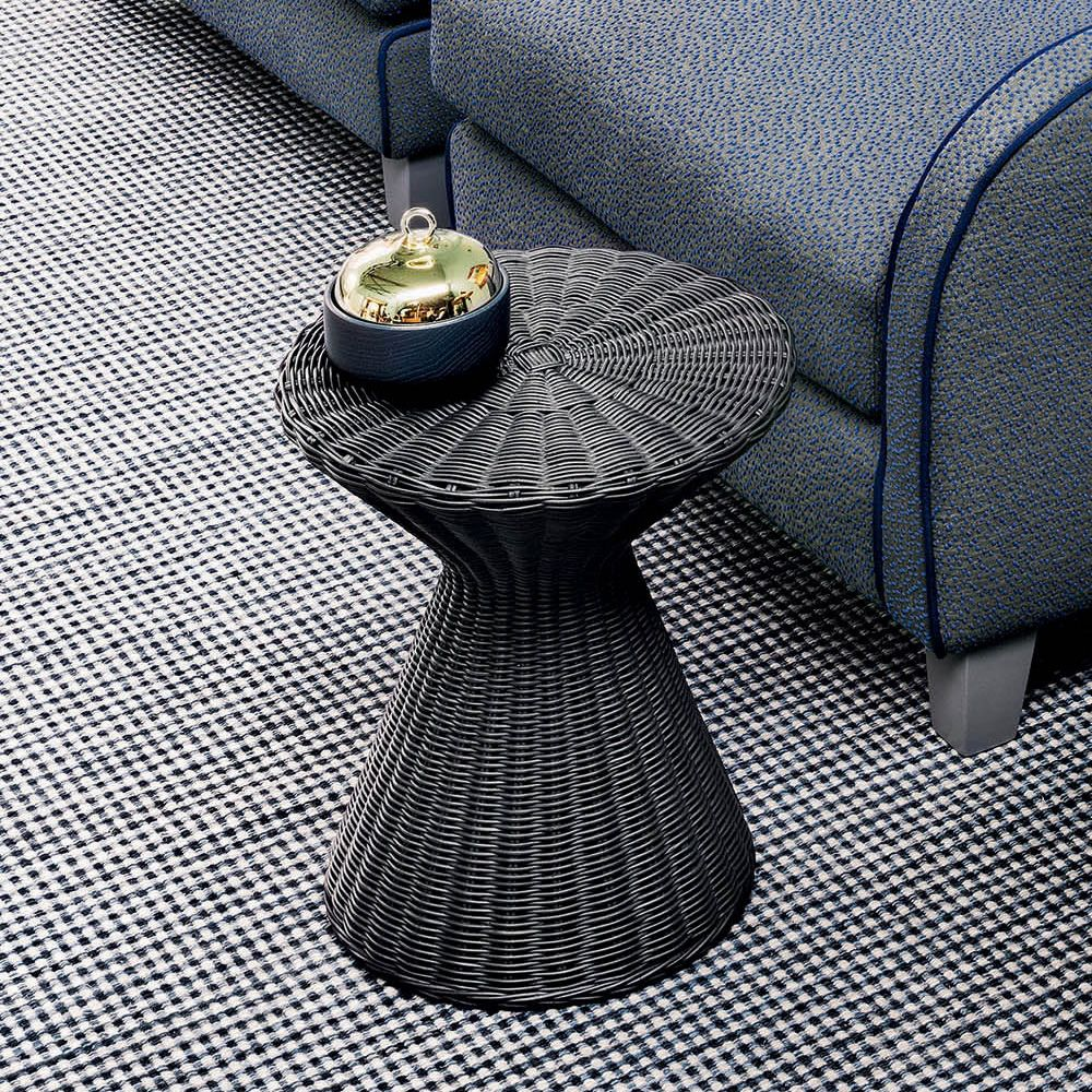 Coffee-table in grey stained rattan