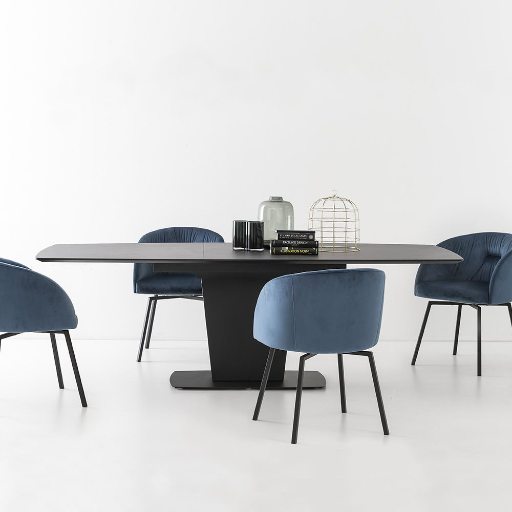 Extendible table in opaque black varnished metal, ceramic top in black oxide colour