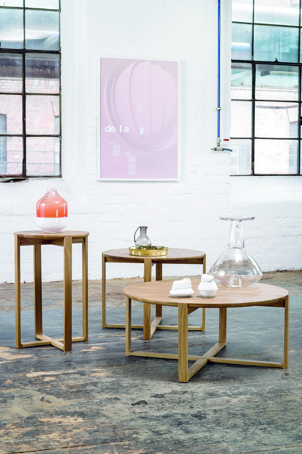 Chairs and tables: Delta-coffee 723