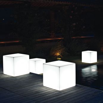 Pouf Star Light - Pouf in resin for gardens with interior light