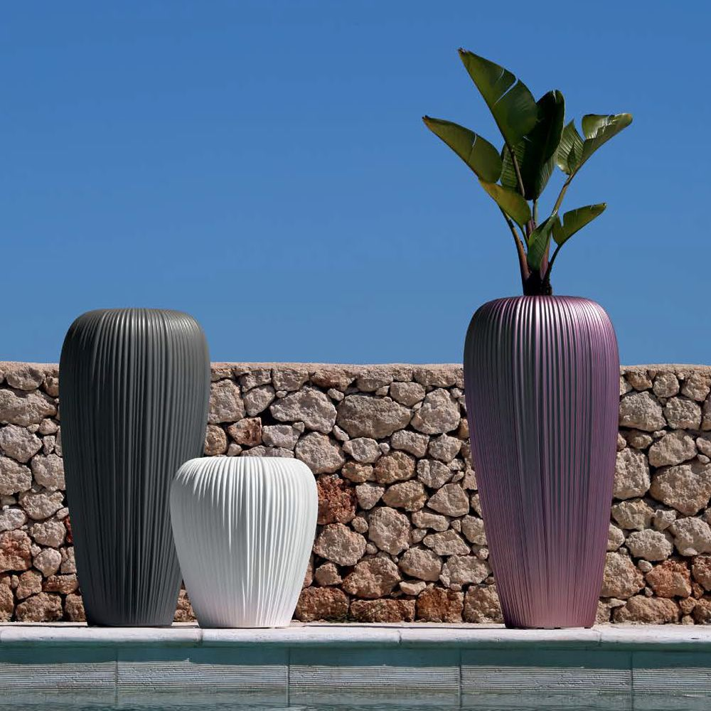 Vase made of Poleasy®, different colours and sizes available, also for outdoor