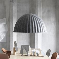 Under the bell - Suspension lamp Muuto, in plastic material, several sizes available