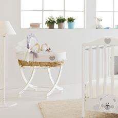 Baby Baby MB - Moses basket with hood, wooden base