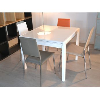 Kendy - Extensible table with white structure