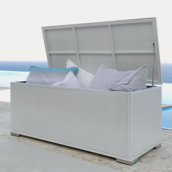 Box - Outdoor furniture in white colour