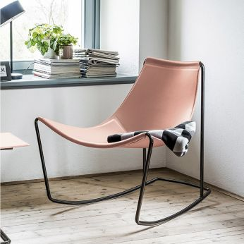 Apelle DN - Rocking armchair made of metal and natural hide, facepowder pink colour