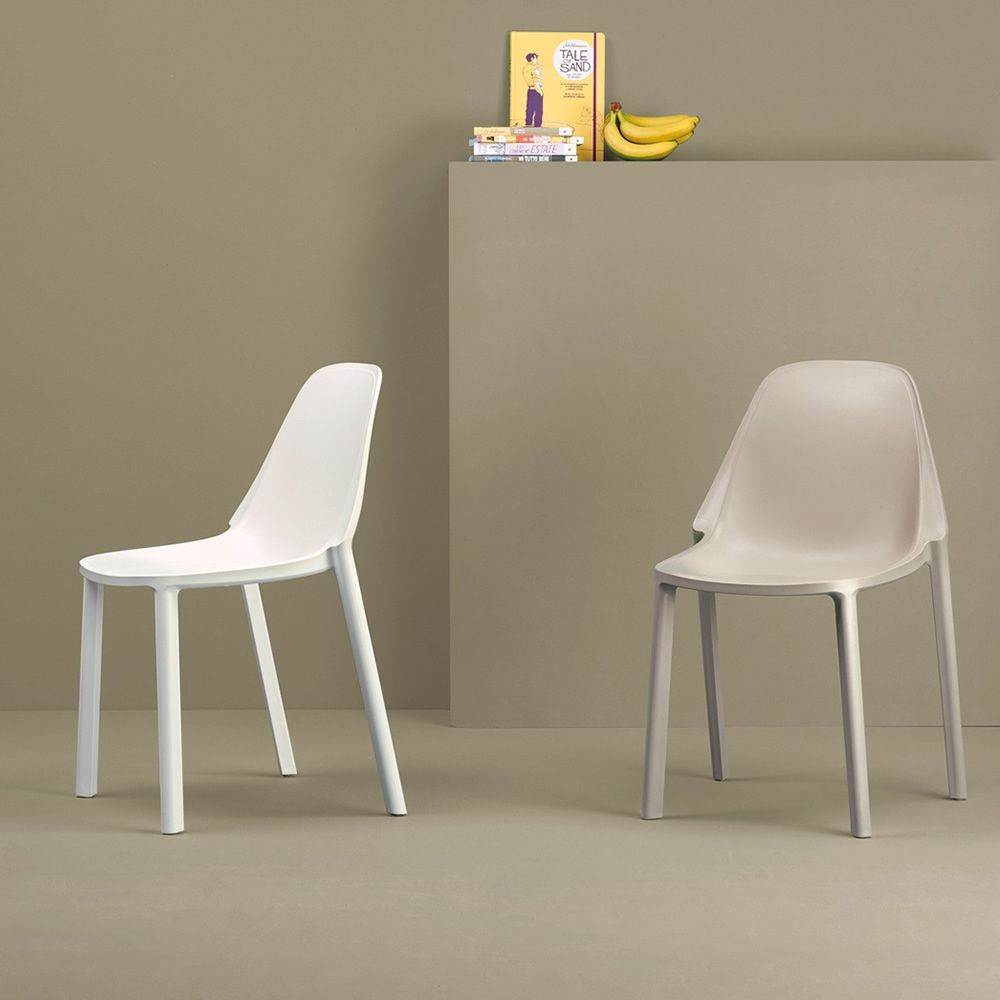 Chair for outdoor in white and dove grey colour
