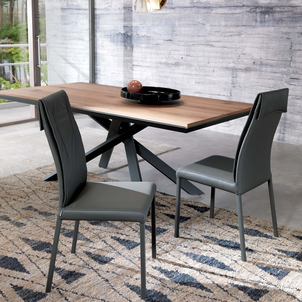 Extendable table with opaque graphite varnished metal structure, natural antique oak top