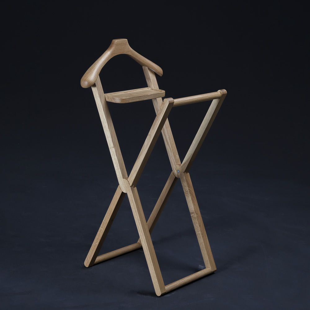 Design clothes stand in solid wood