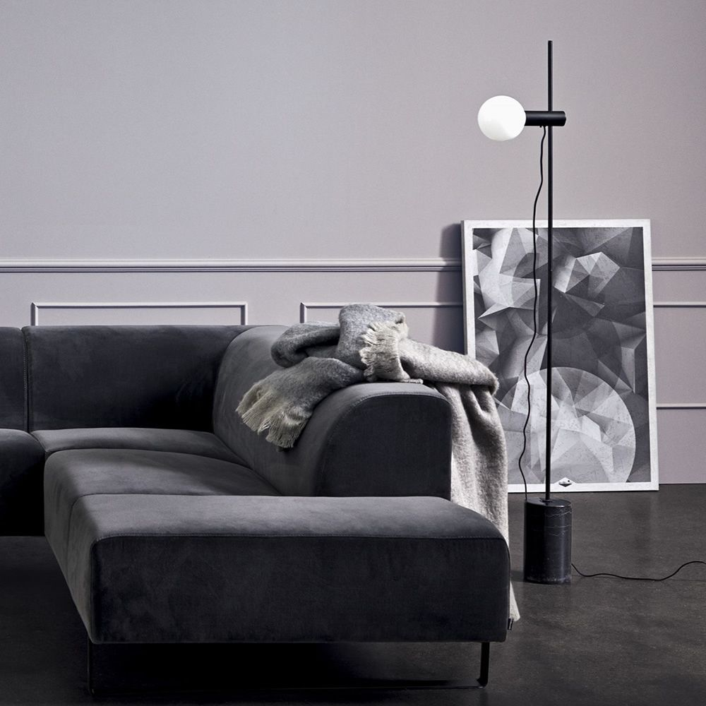 Floor lamp in marble and metal, black colour