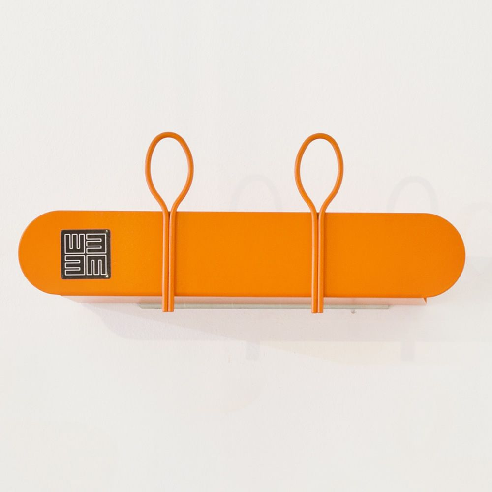 Shelf-coat rack in orange varnished metal