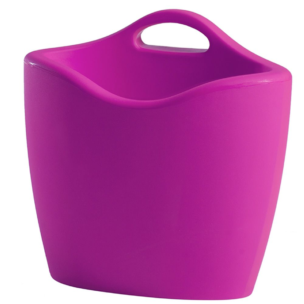 Magazine rack made of polyethylene, in sweet fuchsia colour