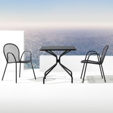 Cambi Q - Emu table made of metal, for garden, square top in several sizes