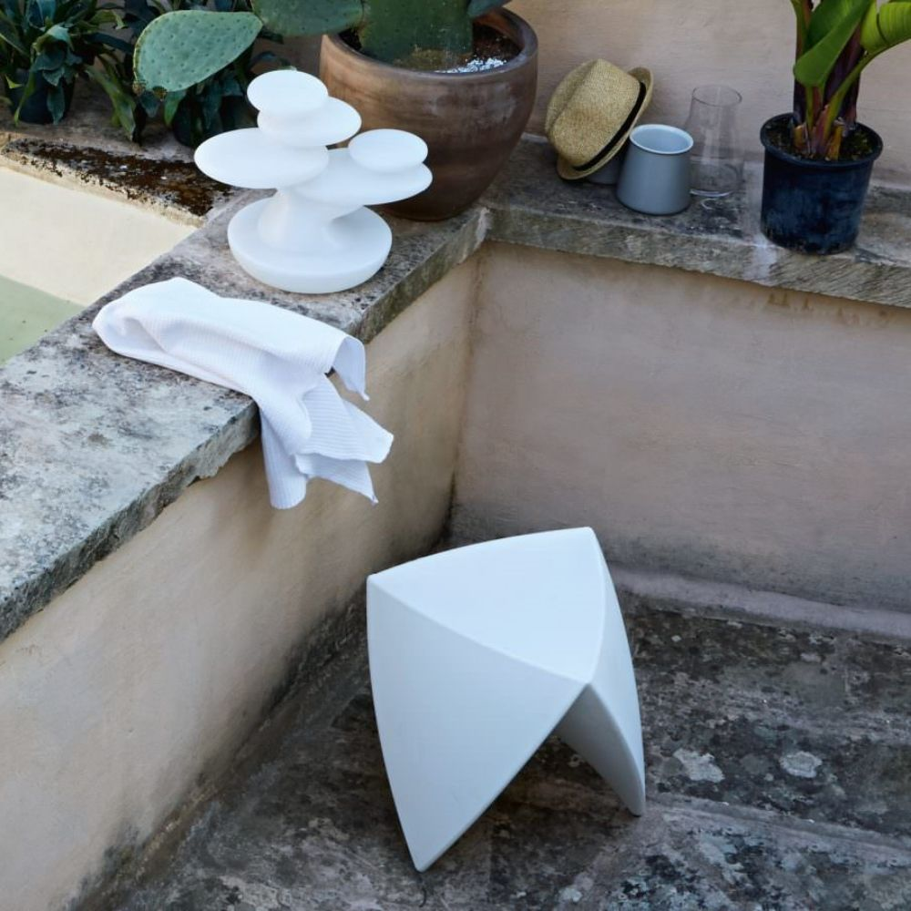 Pouf/low stool made of Poleasy®, white colour