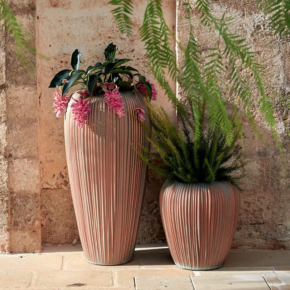 Vase made of Poleasy®, in rust colour with oxidized paint effect, two different sizes available, also for outdoor