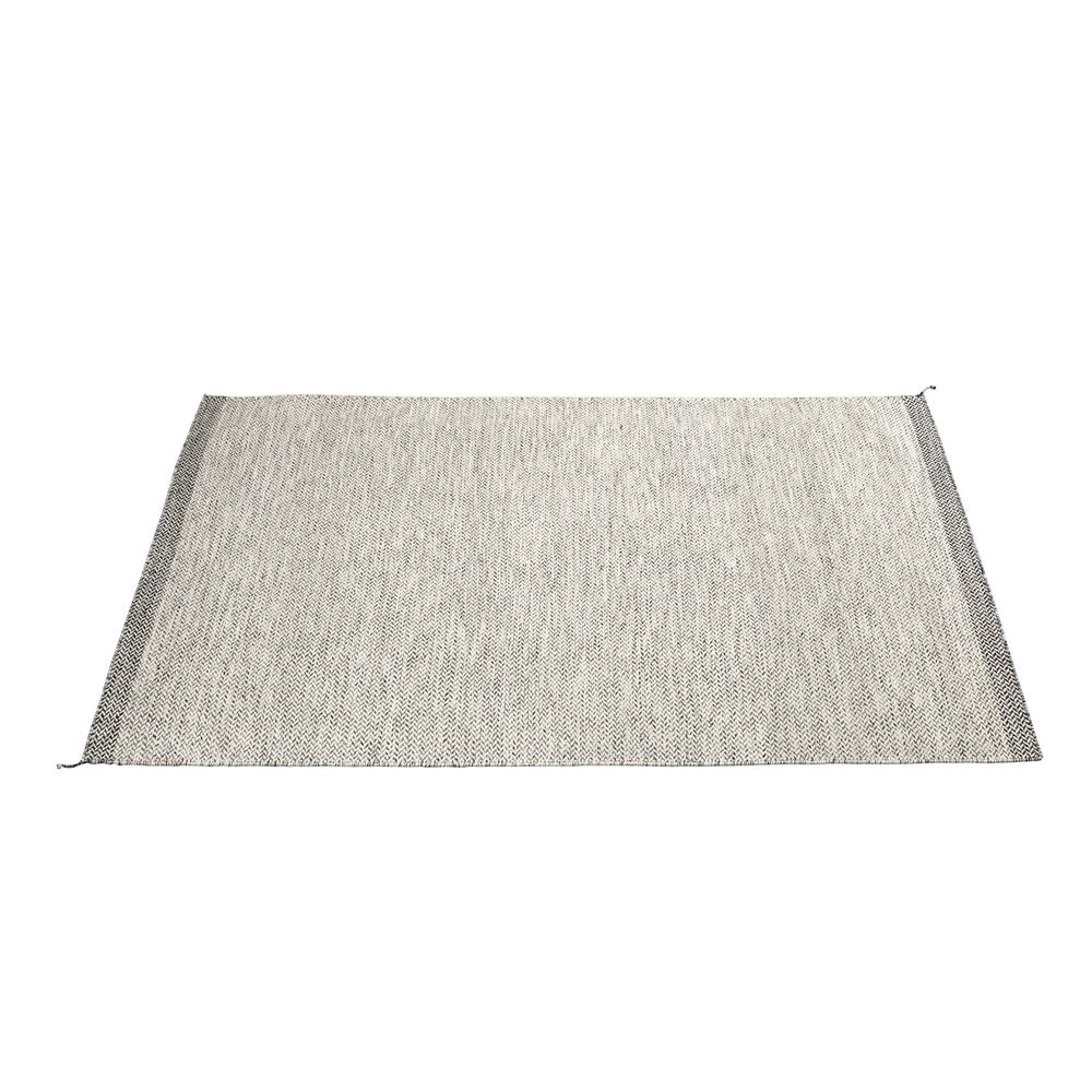 Ply Carpet Size (cm) 85 cm x 140 cm Colour White