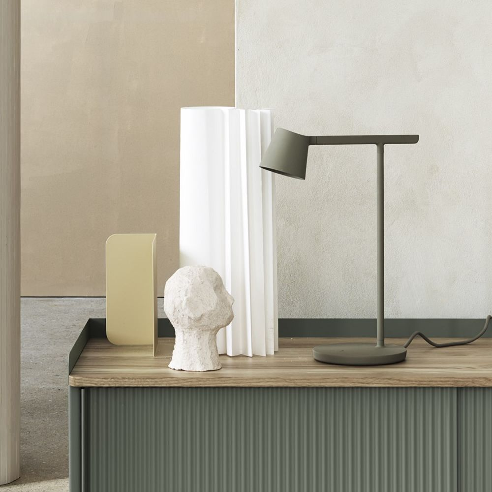 Table lamp in varnished aluminium, olive green colour