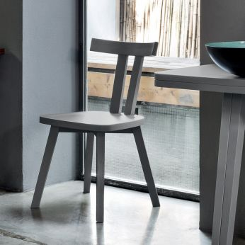 Gray 23 - Chair in grey lacquered wood