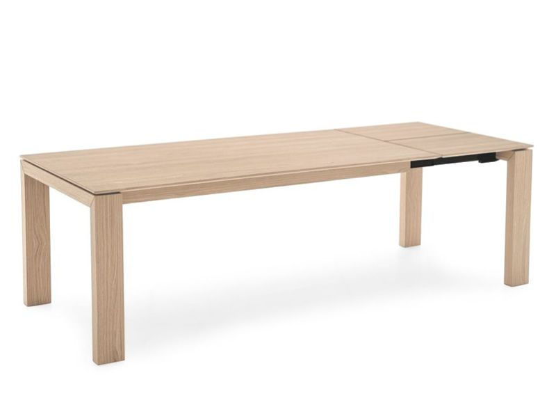 Extendable table made of veneered wood, natural finish (first opening)