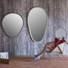 Grimilde - Miniforms mirror, with laquered wooden frame, available in different dimensions
