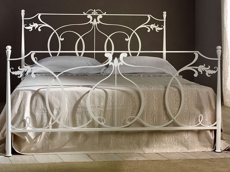 Double bed in white varnished iron