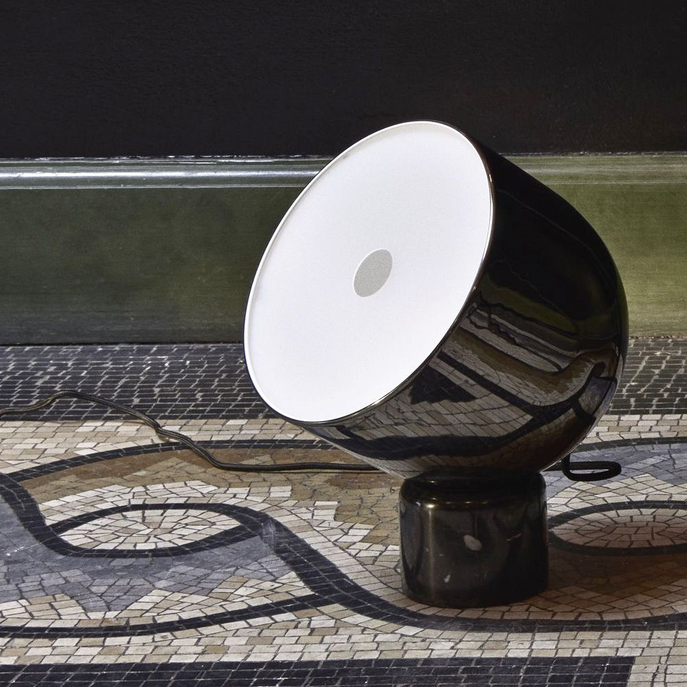 Table lamp in metal and marble, shiny black colour