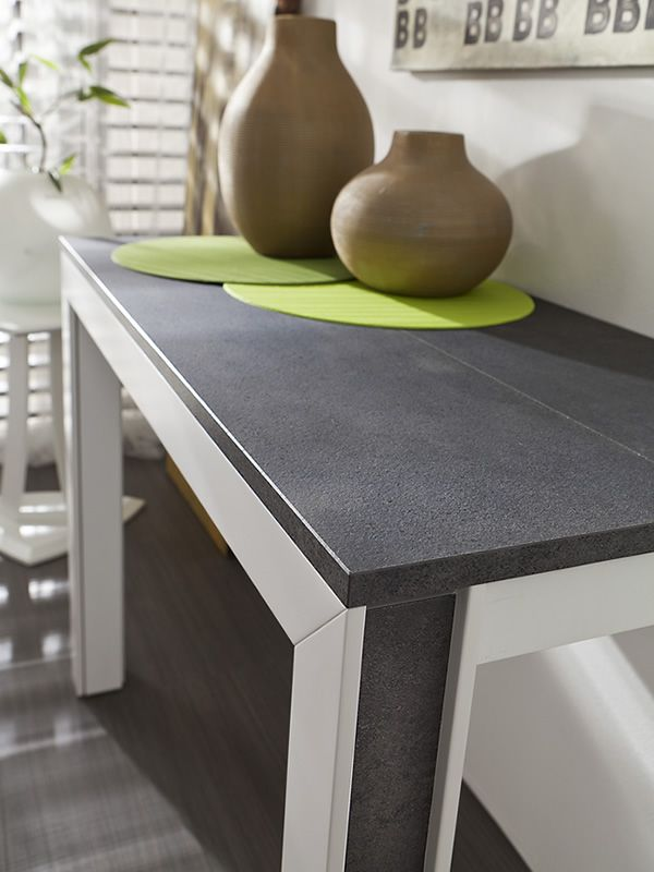 Detail, HPL laminated wooden top in black porphyry