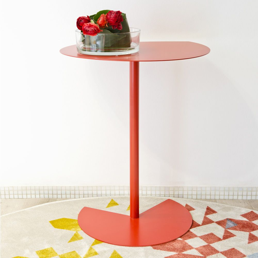 Side table in red varnished metal, height 74 cm