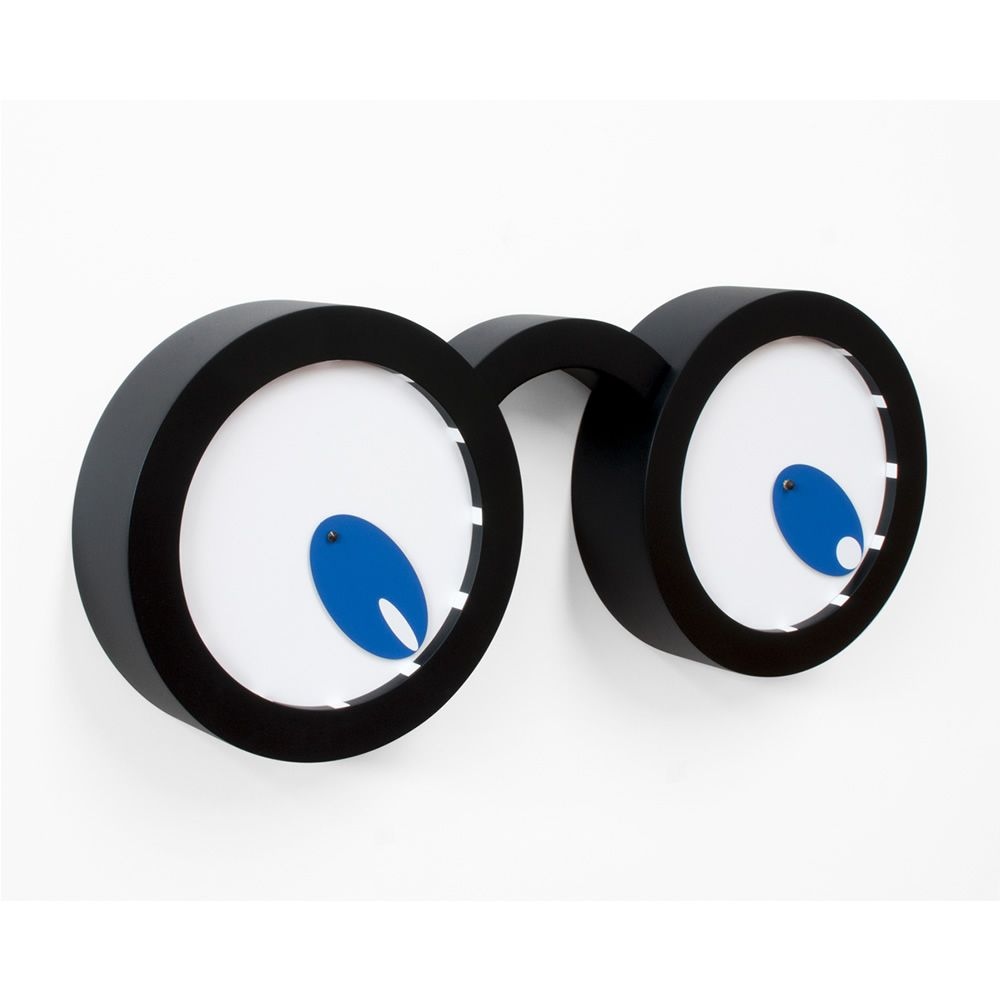 Wall clock made of varnished wood in black and white colours, with blue clock hands