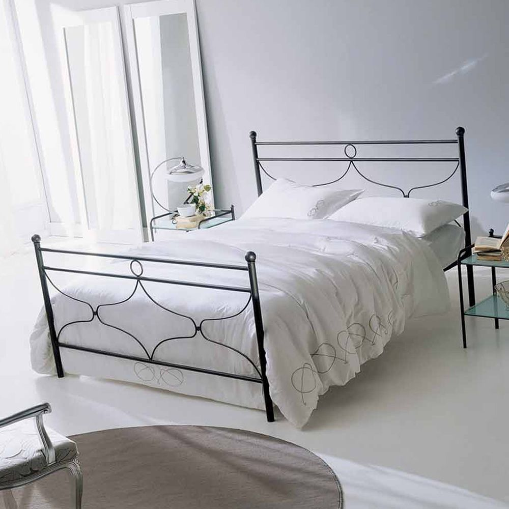 Double bed in grey finish iron